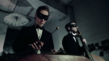 Orkestra Obsolete play Blue Monday using 1930s instruments
