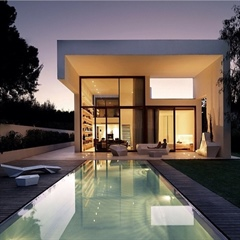 Modern house in Valencia.
